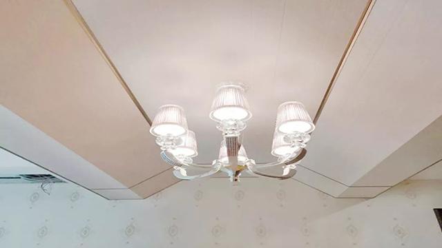 卧室复杂造型顶木工板吊顶用集成墙面装饰,晨皓控股的师傅太有才了!