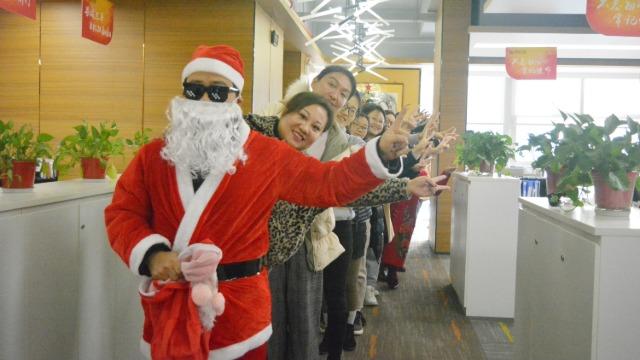 圣诞游戏狂欢Party,12月份生日会乐翻天!